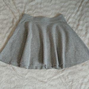 Club Monaco Gray Wool Skater Skirt Sz 6